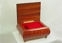 Music Box red, Inlay: Heart, Fascination, 4.7inch